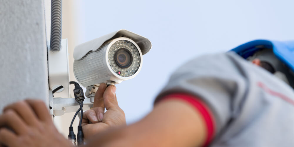 An image of one of our CCTV installation specialists in Melbourne.